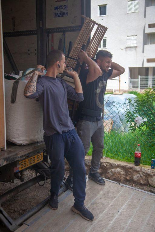 מעבירים דירה בירושלים - צוות אפדייט הובלות
